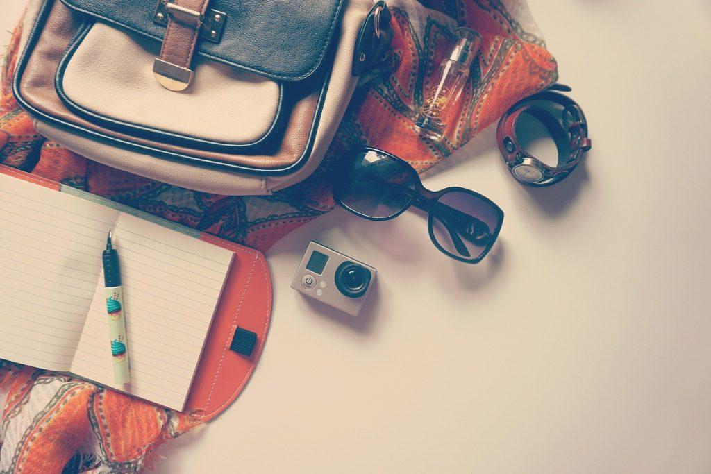 Les indispensables à mettre dans un sac pour voyager